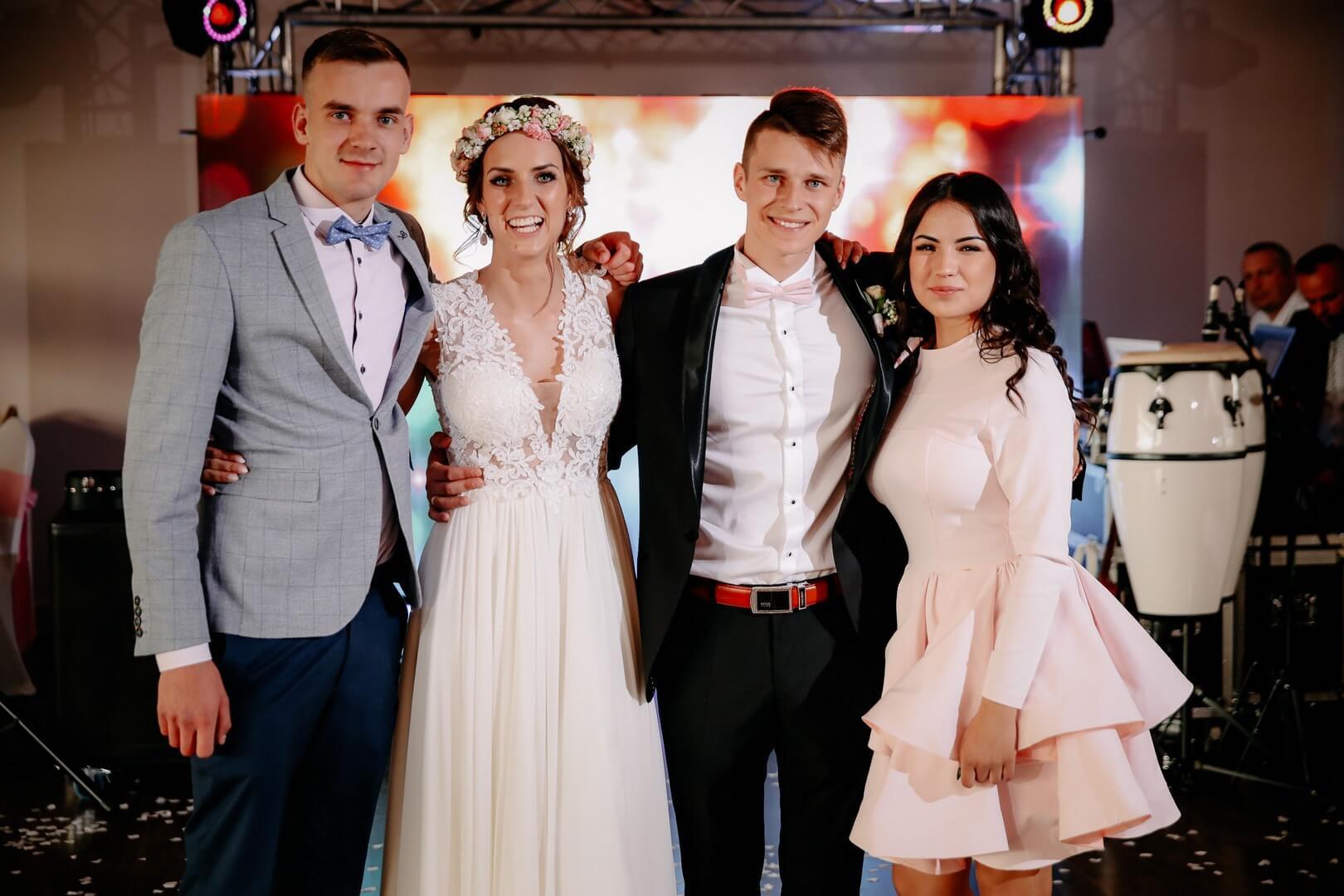 Zdjęcia grupowe na weselu. fotograf Szpakowicz Aleksander Gdańsk, Trójmiasto - szpakowicz-studio.pl 21