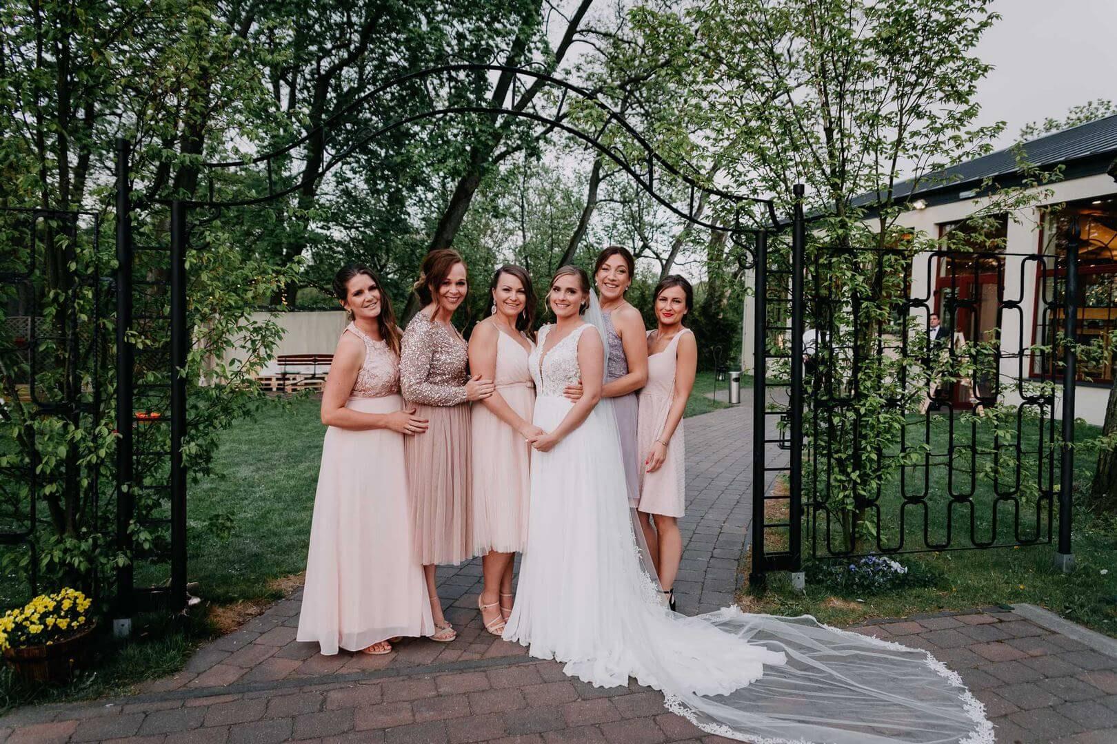 Zdjęcia grupowe na weselu. fotograf Szpakowicz Aleksander Gdańsk, Trójmiasto - szpakowicz-studio.pl 17